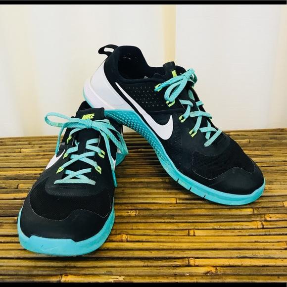 43% off Nike Shoes - Nike Flywire Black u0026 Teal Tennis Shoes